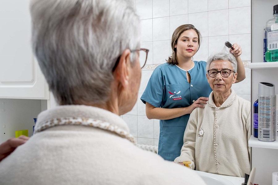 aide à la toilette personnes dépendantes